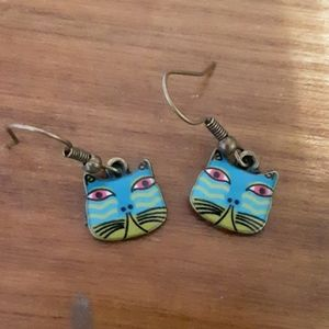 Jewelry - Blue and green kitty earrings